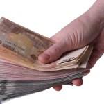 Χρηματα σε χέρι