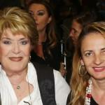 Η Βάσια Τριφύλλη με τη θετή της κόρη, Βερόνικα