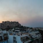 ο καπνός από τις φωτιές στην Αθήνα