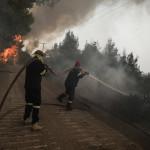 Φωτιές σε Αρχαία Ολυμπία και Γορτυνία: Μάχη με τις φλόγες