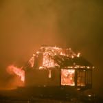 Καίγονται Σπίτια Στα Βίλια
