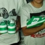 παπούτσια ΠΑΣΟΚ