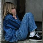 Τρομαγμένο κοριτσάκι