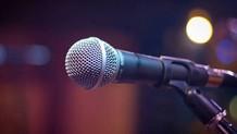 Έλληνας τραγουδιστής: «Έχω πάει με 50 γυναίκες»