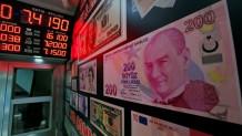 Στα άκρα οι σχέσεις με ΗΠΑ: Καίνε δολάρια οι Τούρκοι