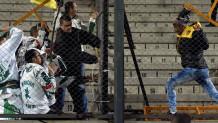 Οπαδοί της Ουρουγουάης και οπαδοί της Βραζιλίας σε επεισόδια στις εξέδρες