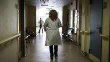 παράνομες αποκλειστικές νοσοκόμες