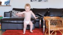 Μπέμπα που χορεύει