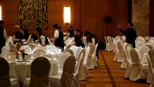 ξενοδοχείο σερβιτόροι