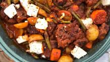 μοσχαράκι κοκκινιστό με λαχανικά