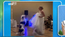 νύφη με τον σκύλο της