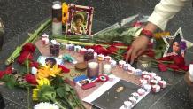 Άφησαν Λουλούδια στο Hollywood- Μichael Jackson