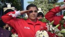 Τουρκία: Έμβλημα κάθε δημόσιας εκδήλωσης ο στρατιωτικός χαιρετισμός