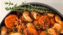 γίγαντες με απάκι, λαχανικά και αυγά στη γάστρα