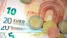 Κέρματα και χαρτονομίσματα