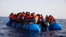 Μετανάστες βάρκα