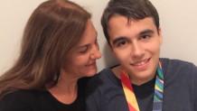Η Άδα Σταματάτου με τον γιο της