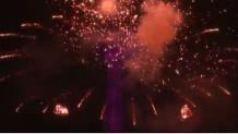 πυροτεχνήματα στον ουρανό της Γαλλίας για την ημέρα της Βαστίλης