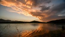 συννεφιά λίμνη Πλαστήρα