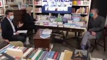 τηλεδιάσκεωη Τσίπρα με βιβλιοπώλες