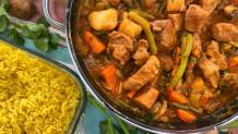 χοιρινό με λαχανικά και κίτρινο ρύζι