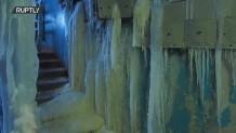 Εγκαταλελειμμένο σπίτι μετατράπηκε σε σπήλαιο πάγου