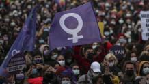 Πορείες στην Τουρκία για τα δικαιώματα των γυναικών