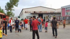 κέντρο φιλοξενίας, προσφυγες
