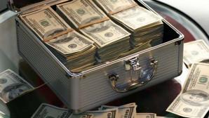 Δολαρια σε βαλίτσα