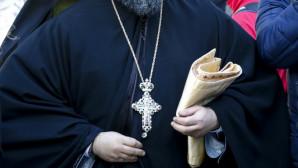 Ευτραφής ιερέας