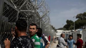 Μετανάστες στη Μόρια