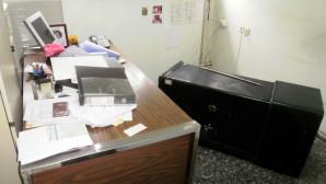 Χρηματοκιβώτιο σε γραφείο