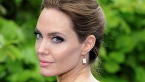 Angelina Jolie προσφυγικό