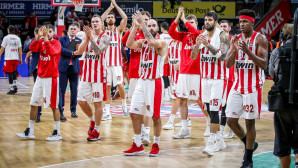 Ευρωλίγκα: Οι παίκτες του Ολυμπιακού πανηγυρίζουν τη νίκη επί της Μπάγερν
