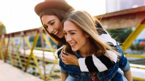 Δες τους 6 λόγους για να κάνεις delete τη φίλη σου