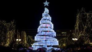 Το χριστουγεννιάτικο δέντρο στο Σύνταγμα 2018