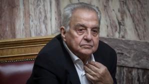 Ο Αλέκος Φλαμπουράρης στη Βουλή