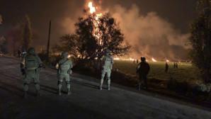 Φωτιά στο σημείο της έκρηξης στο Μεξικό