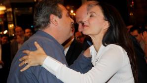 Πάνος Καμμένος φιλί στην Έλενα Κουντουρά