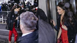 Αμάλ Κλούνει: Με Χρυσές Γόβες Και Κόκκινη Ολόσωμη Φόρμα