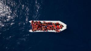 πρόσφυγες στα σύνορα