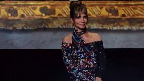 Η Halle Berry στο κόκκινο χαλί