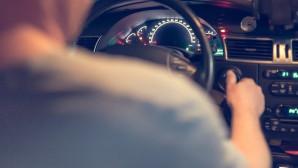 Στο τιμόνι ηλικιωμένος οδηγός