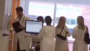 Οι γιατροί στο νοσοκομείο