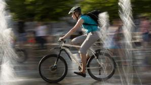 Στιγμές από τον ποδηλατικό αγώνα