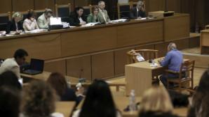 Ο Γιώργος Δήμου στο εδώλιο στη δίκη της Χρυσής Αυγής