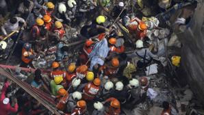 Ινδία: Κατάρρευση κτιρίου