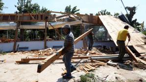 Συνεχίζουν να «μετρούν πληγές» οι κάτοικοι της Χαλκιδικής