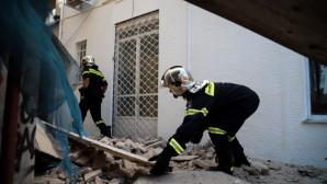 σεισμός ΑΘήνα - πτώση κτιρίου στην Πειραιώς