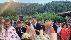 Κοσιώνη - Μπακογιάννης κουμπάροι σε γάμο